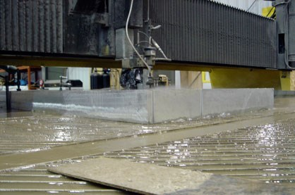 waterjetCuttingThickSteel